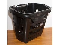 Heavy duty shopping baskets x5 with wheels and handle Used
