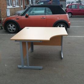 Compact office desk