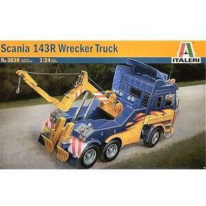 Italeri 3838 Scania 143R Wreaker Truck 1/24 scale plastic model kit