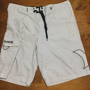 Men's Hurley board shorts size 34 Birkdale Redland Area Preview