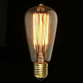6x Very warm white lightbulbs for sale. Filament style. ST64 bulb type. ES cap. 40W output