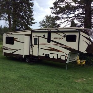 2015 Laredo fifth wheel
