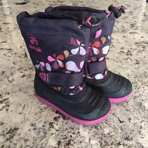 Kamik Girls Size 10  Winter Boots