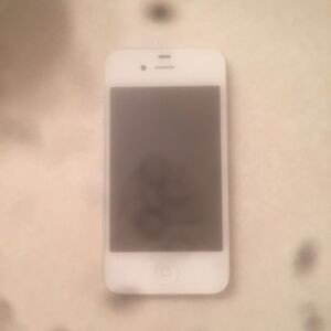 Apple IPhone 4 (white)