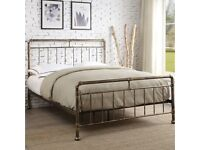 Double bed (with optional free mattress)