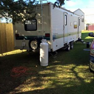 1994 Savana fithwheel camper trailer 29.5 ft Strathcona County Edmonton Area image 1