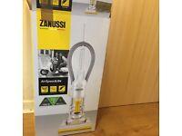 Zanussi vacuum cleaner ZAN2000 brand new
