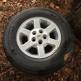 Land Rover Wheel & Brand New Michelin Tyre (Latitude Cross)