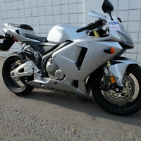 LOW KM'S! Only $149.00 per month. 2006 Honda CBR 600RR