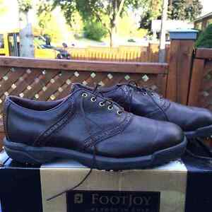 Golf Shoes - FootJoy Contour Series - size 9.5 - Used Once