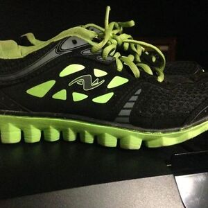 Size 3 Girls runners Athletic Works