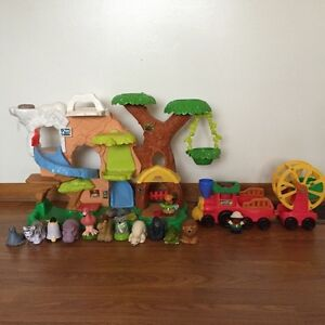 Fisher Price Zoo Talkers Play Set and Zoo Talkers Animal Train
