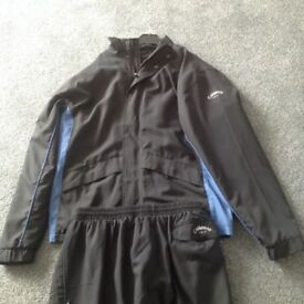 Callaway golf jacket and matching trousers - medium