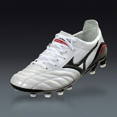 a35ba241782c Shoes & Cleats - Mizuno Soccer Cleats - Trainers4Me