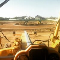 Finishing Track Hoe/Grader Operator. 36,000hrs, 12yrs exp.