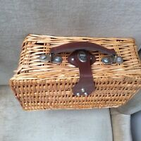 WICKER DOLL CLOTHES SUITCASE