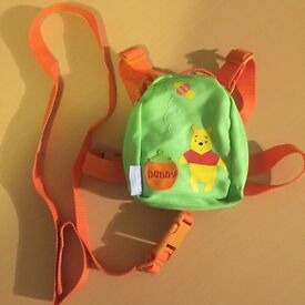 Winnie the pooh toddler reins and parent handle