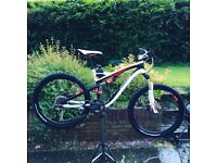 Specialized Elite Camber 2015 downhill mountain bike