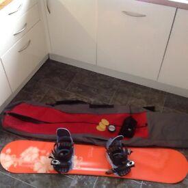 Women / Girls Snowboard Starter Bundle