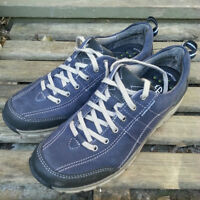 NEW Womens Size 7 - Clark Wave Trek Leather (Navy)