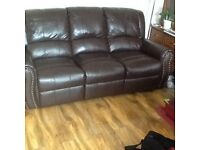 3+2 seater Brown/ Chocolate leather recliner sofa