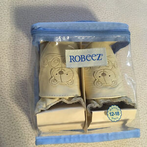 Brand New! Never worn Robeez toddler slippers