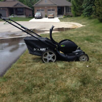 Solaris Electric Lawnmower