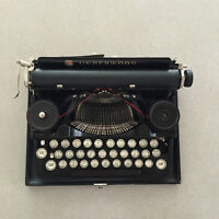 Need Assistance With Antique Underwood Typewriter