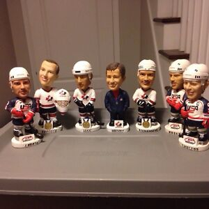Team Canada / USA hockey NHL bobble head figures - Gretzky