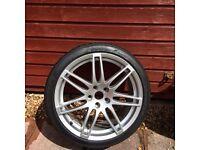 Audi TT mk2 19 in alloy wheel