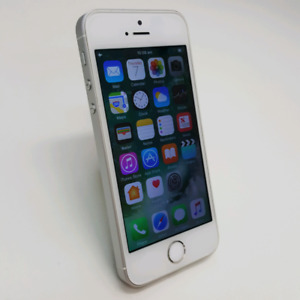 IPHONE SE 64GB SILVER COLOUR WITH TAX INVOICE