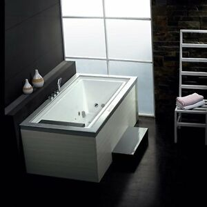 Whirlpool Bathtub for One Person – AM146