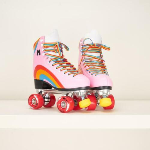 Moxi Rainbow Rider Skates Pink Heart Size 6 Women 7-7.5 Fast Shipping