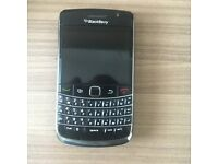 Blackberry Bold 9700 - Open to all networks