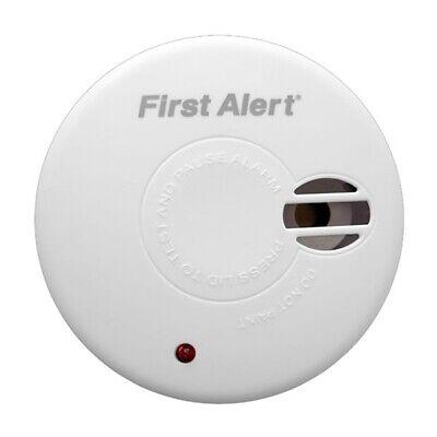 First Alert SA300 Ionisation Smoke Alarm with Test & Hush - 9V Battery Included