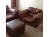 Harvey's leather suite