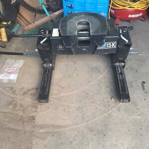 1 year old Reese 15k hitch 4 way articulating