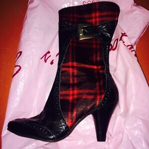Soul Addiction Boots Size 6