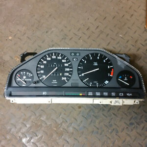 e30 Dashboard Unit
