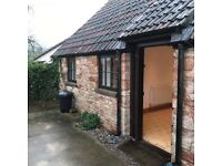 2 Bed House Flat ALL BILLS INCLUDED Bristol BS48 PETS ALLOWED Barn Conversion Nailsea Bungalow