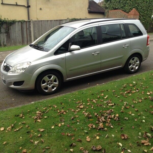 Vauxhall Zafira 2008 Silver 1.6 exclusive 38,000 miles seven seats