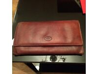 The bridge wallet/purse