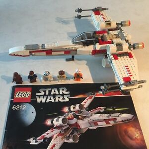 Lego Star Wars X Wing fighter with figurines