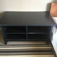 TV/DVD/electronic stand with shelves