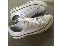White converse size 3.5