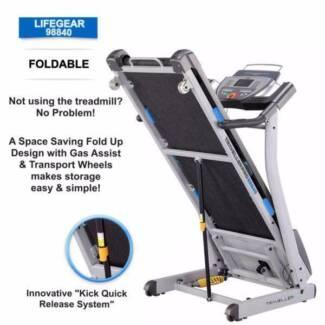 NEW Treadmill.Gel Based Shocks, Programs, Belt 48cm, Touch Screen Malaga Swan Area Preview