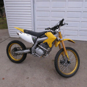 Gio dirt bike 250 cc