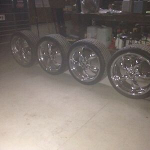 255/35ZR20 Tires & Rims  London Ontario image 2