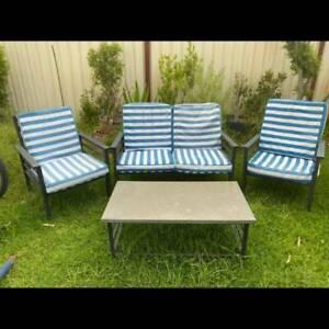 Dark grey aluminum 4 piece outdoor lounge