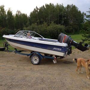 16' Fiberglass Boat w/90hp Mariner Outboard